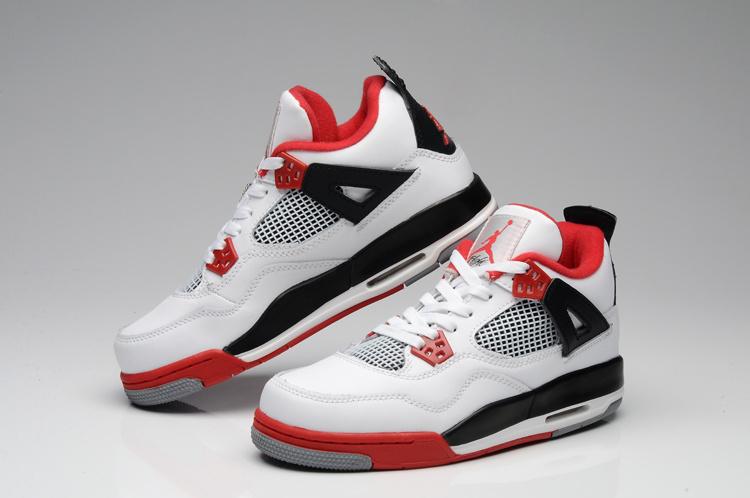 chaussure homme air jordan retro 4